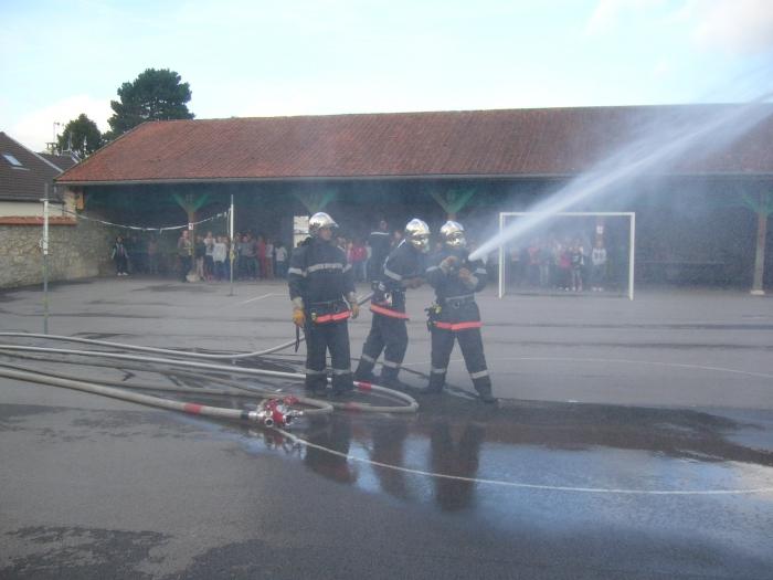pompiers-volontaires-manoeuvre-3.jpg