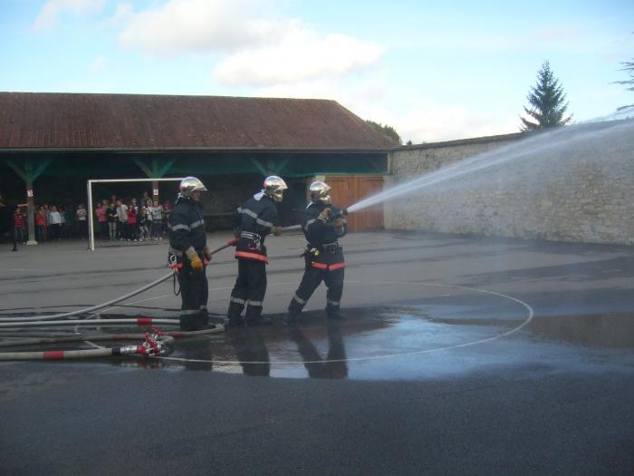 pompiers-volontaires-entrainement.jpg