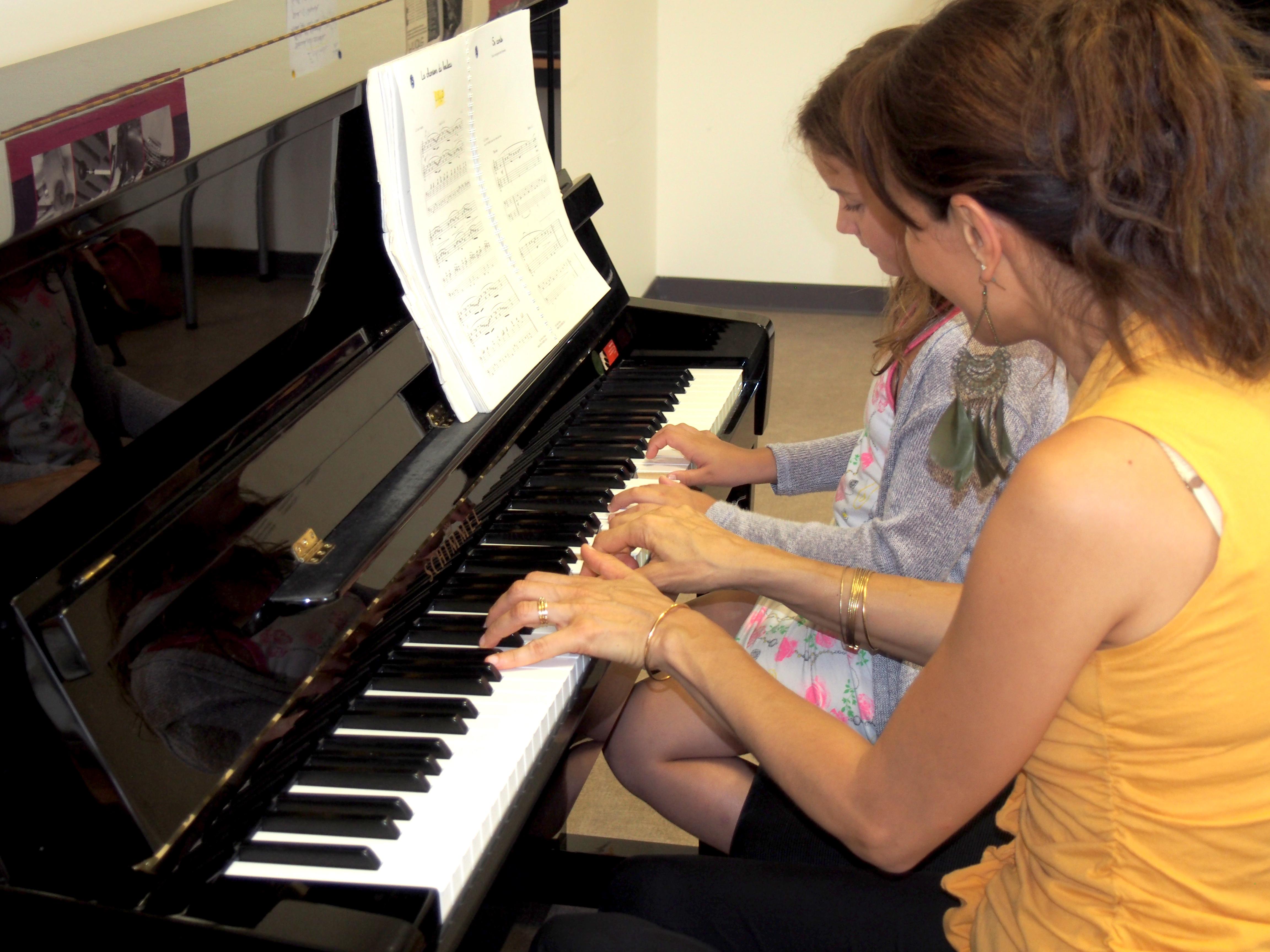 piano Christine.jpg