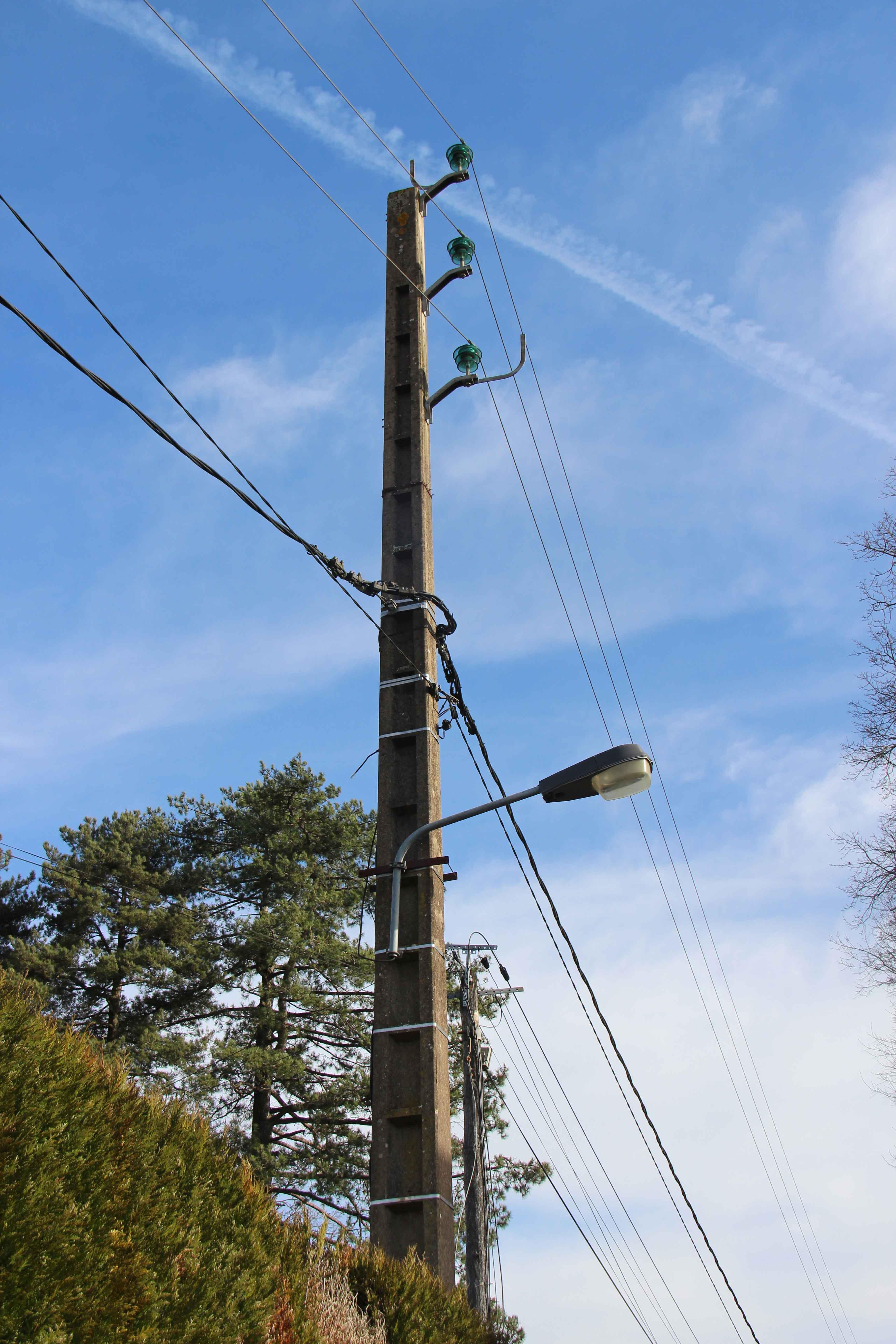 Pylones2.jpg