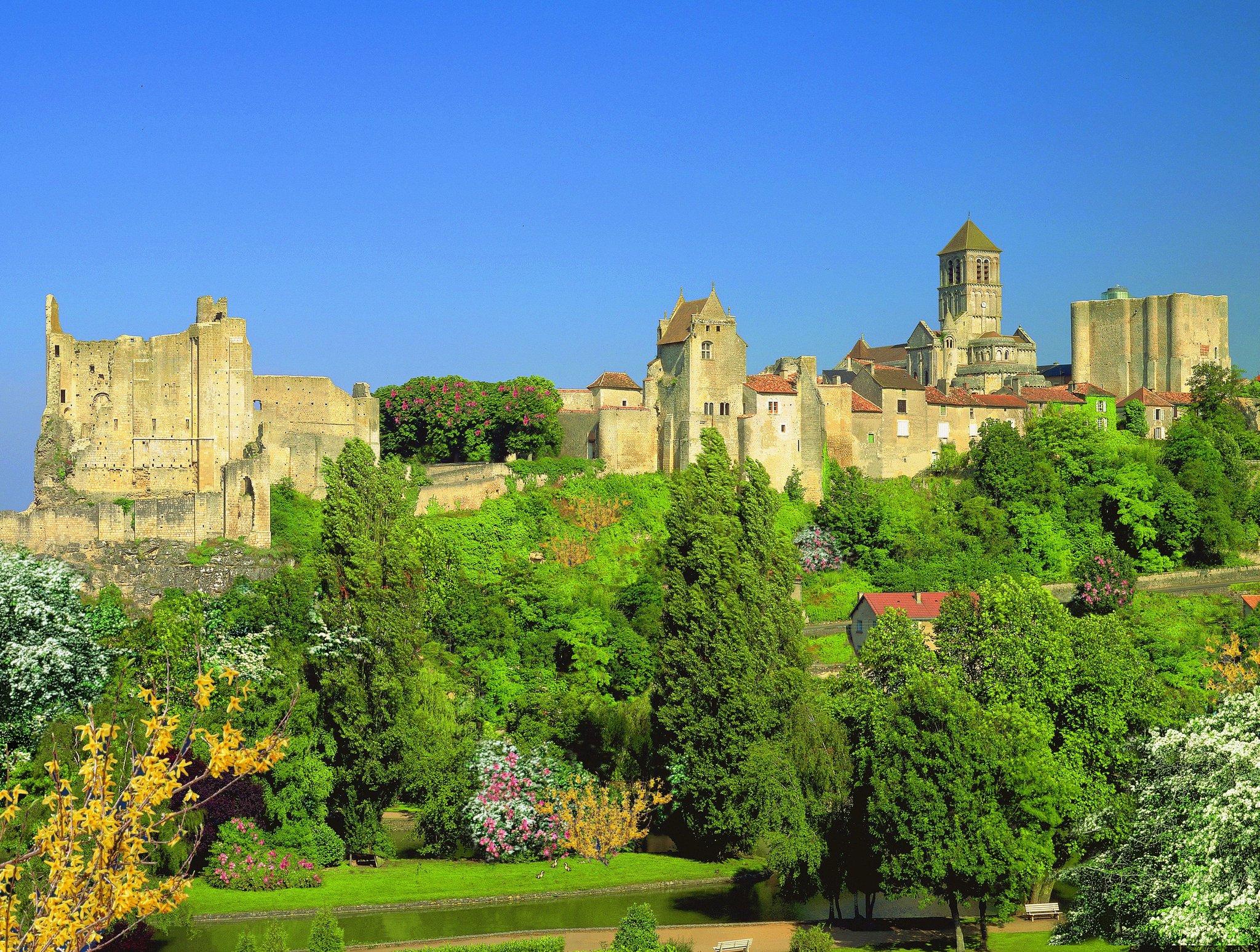 Cité médiévale Chauvigny.jpg