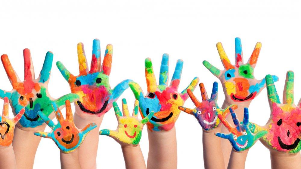 peinture mains enfants.jpg