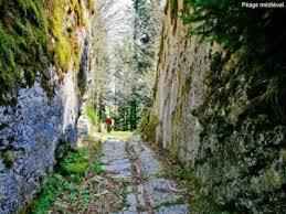 passage taillé Villers.jpg