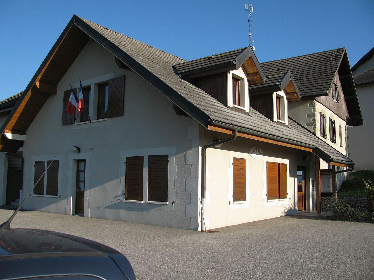 1280px-Mairie-Saint-Sylvestre.JPG