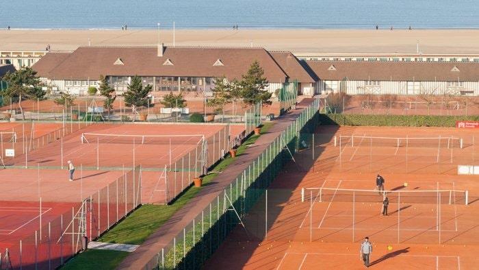 tennis d-min.JPG
