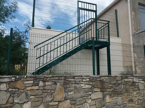 Escalier école 1.jpg