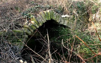 Vieux pont de La Jonquière, Moonteils 30360.jpg