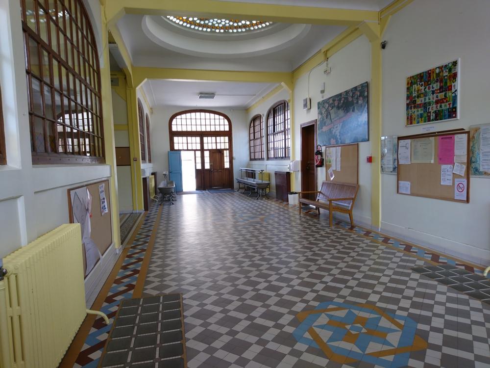 couloir école 2018 001.jpg