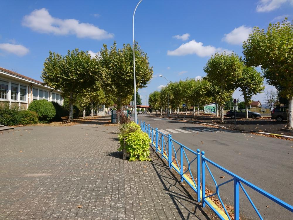 Fontgrande esplanade des écoles 2018 002.jpg