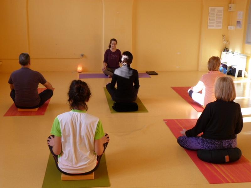 yoga studio 2 P1110219.jpg