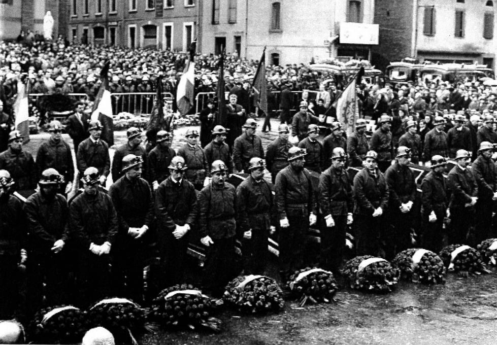 24 11 1965 obsèques.jpg