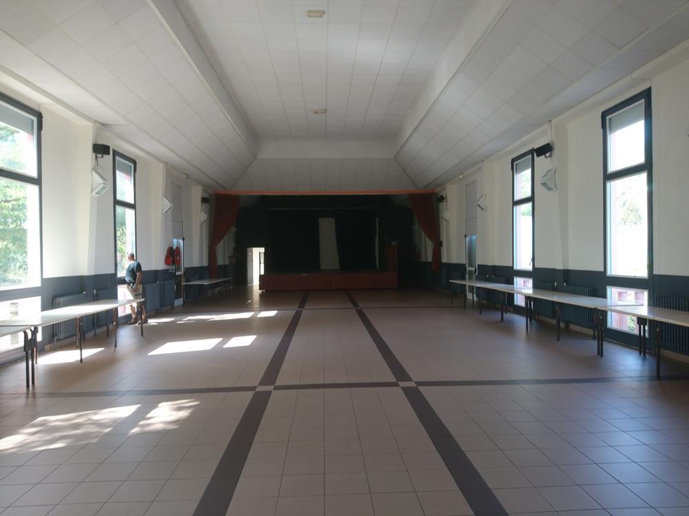 Salle des Fêtes grande salle 2018 026.jpg