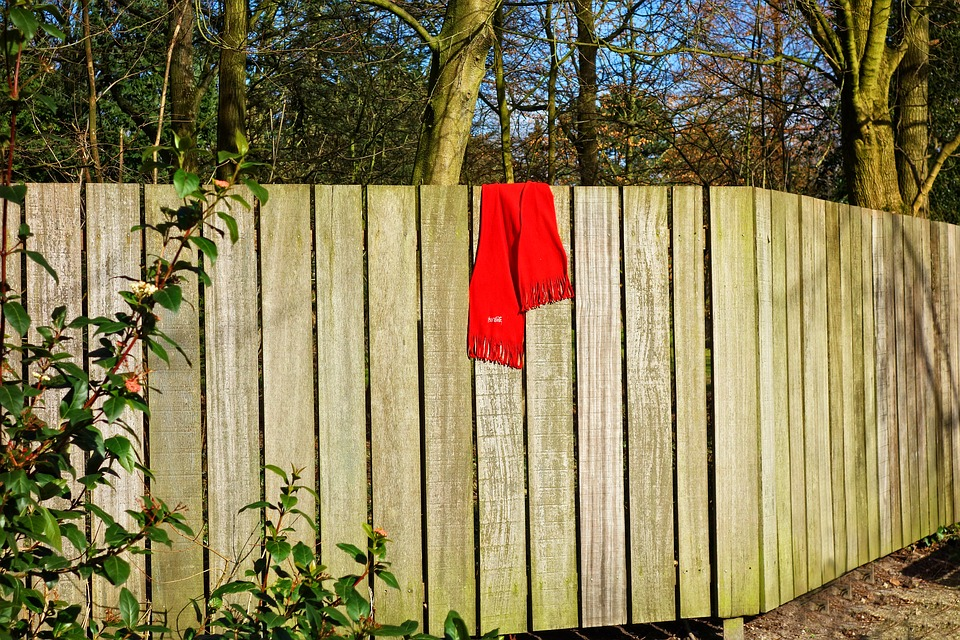 wooden-fence-3248212_960_720.jpg