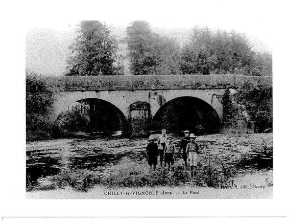 pont ancienne photo.jpg
