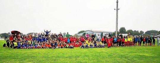 foot-un-rassemblement-de-24-equipes-u8-et-u9-reussi_4640358_540x213p.jpg
