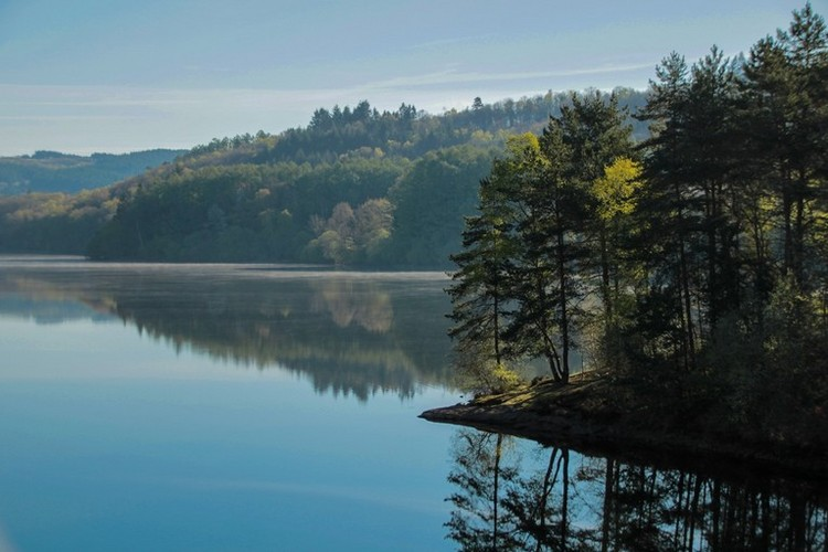 Se-ressourcer-Lac-de-Saint-Pardoux_chapeau.jpg