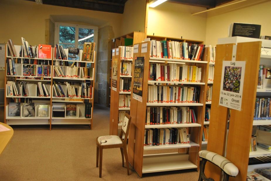 la bibliothèque.jpg