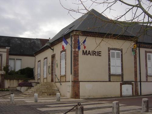 Mairie_de_Barjouville.jpg