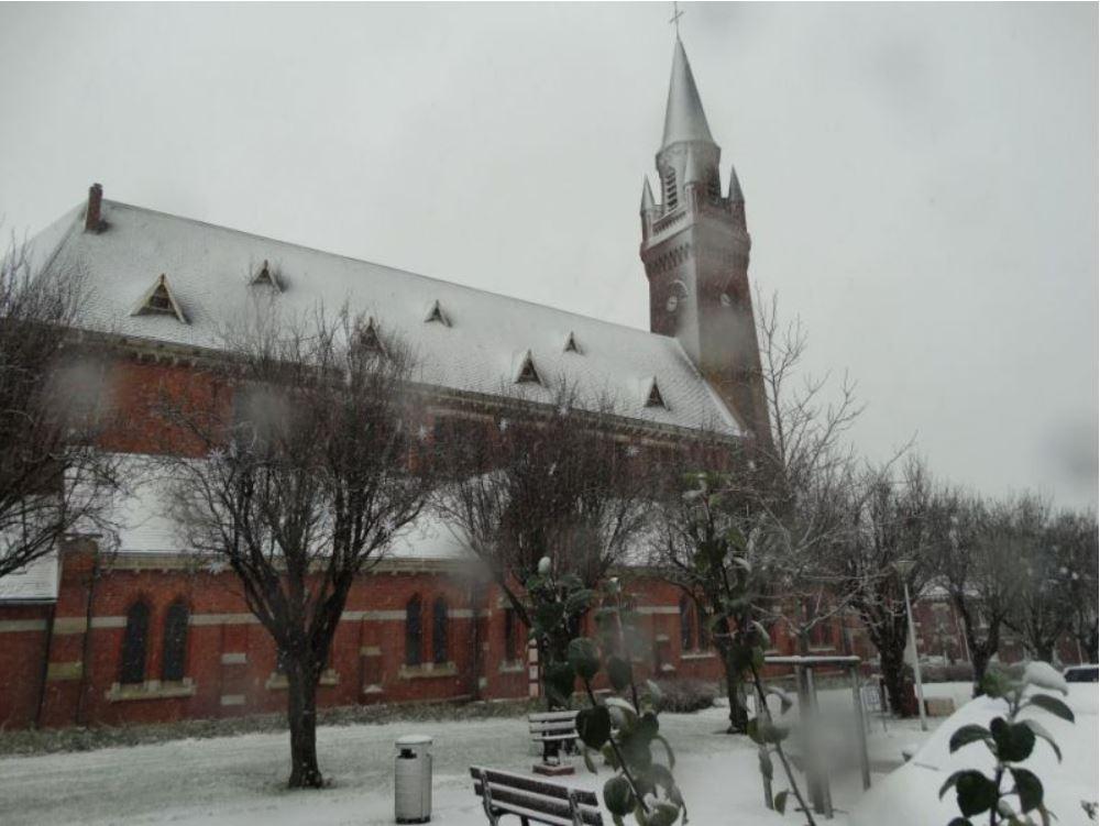 Eglise neige.JPG