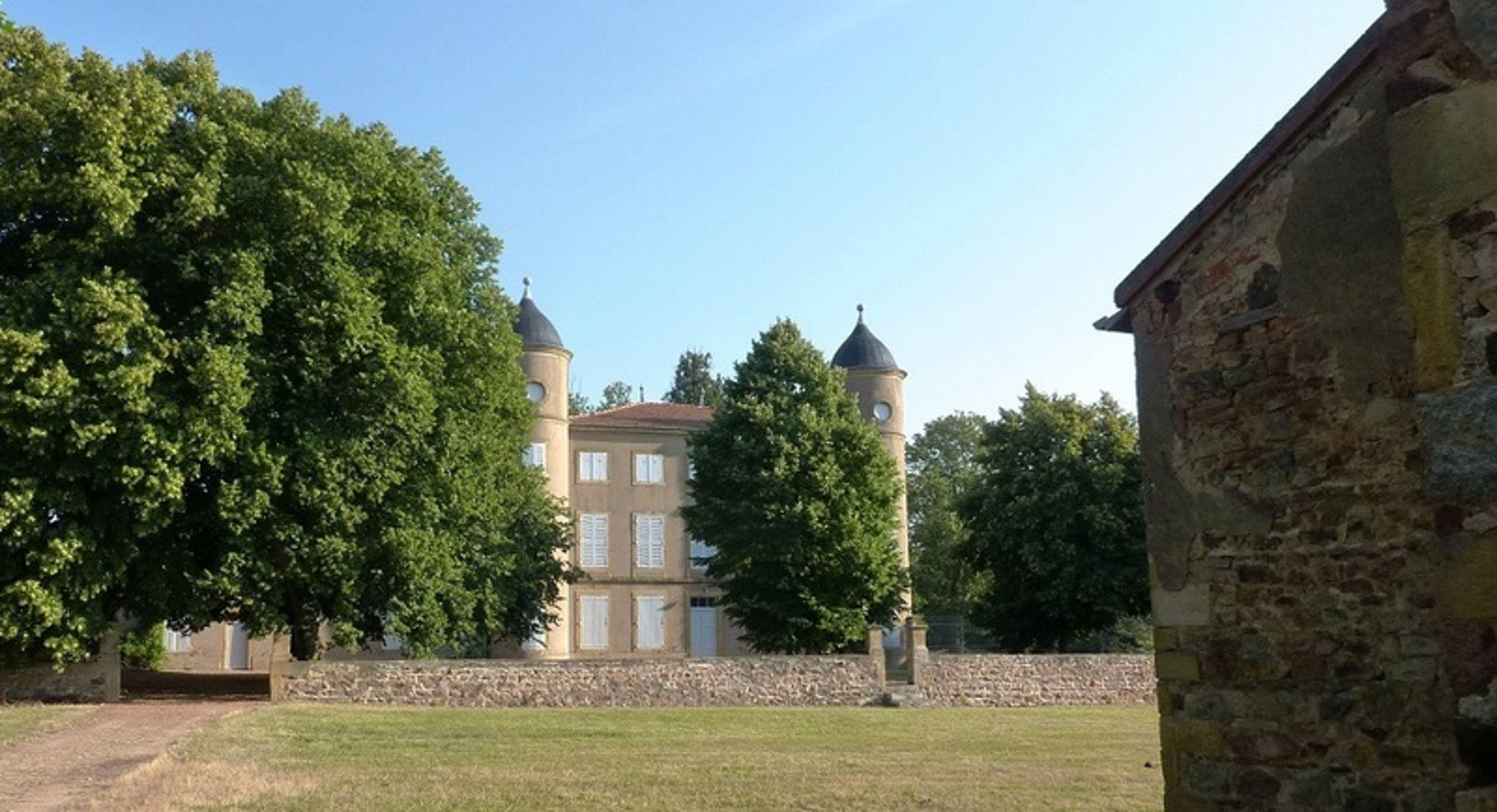 Chateau de Rilly 1.jpg