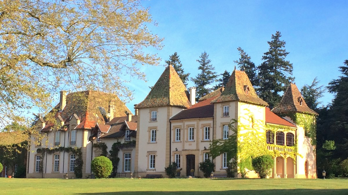 chateau-changy.jpg