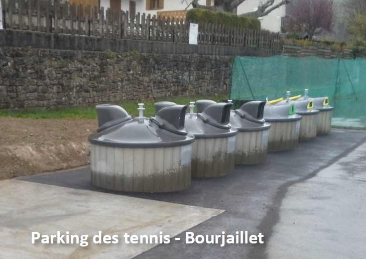 Conteneurs parking des tennis.jpg