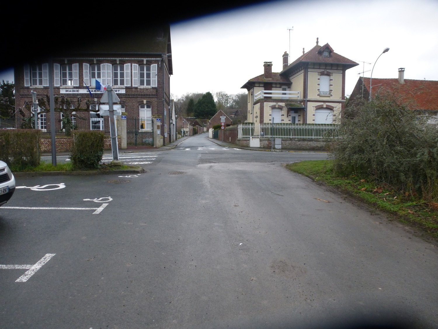 Image carrefour mairie.jpg