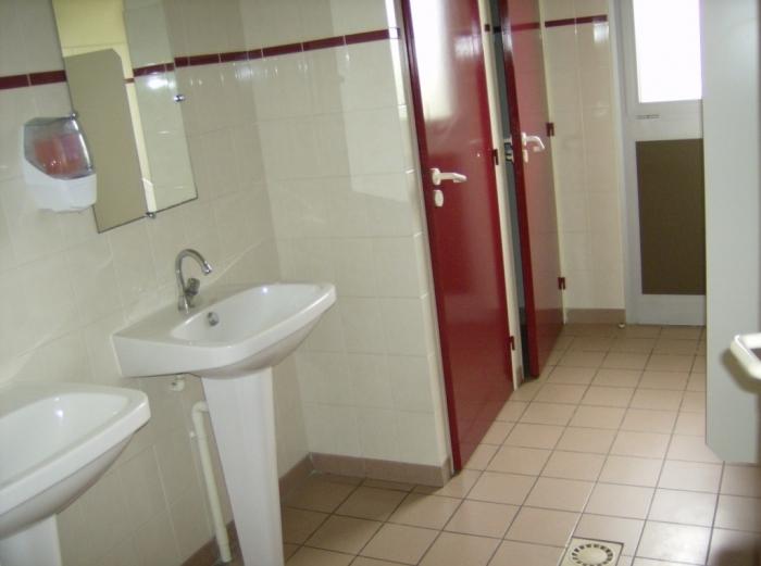 Toilettes 2.jpg