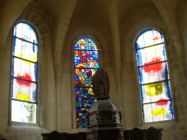 Nouveaux vitraux 1.JPG
