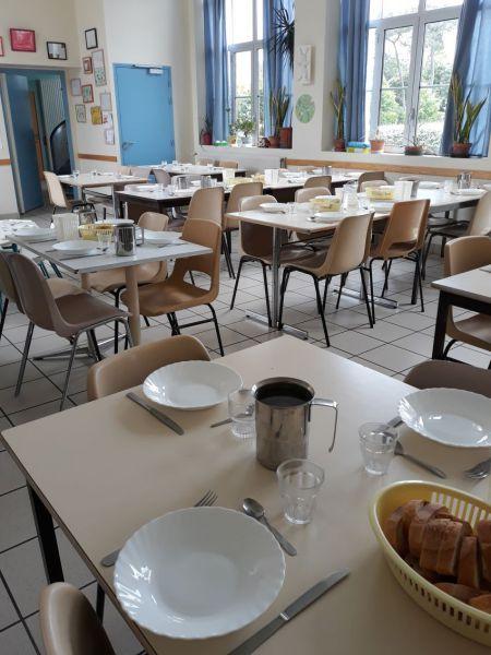 Salle de repas.jpg