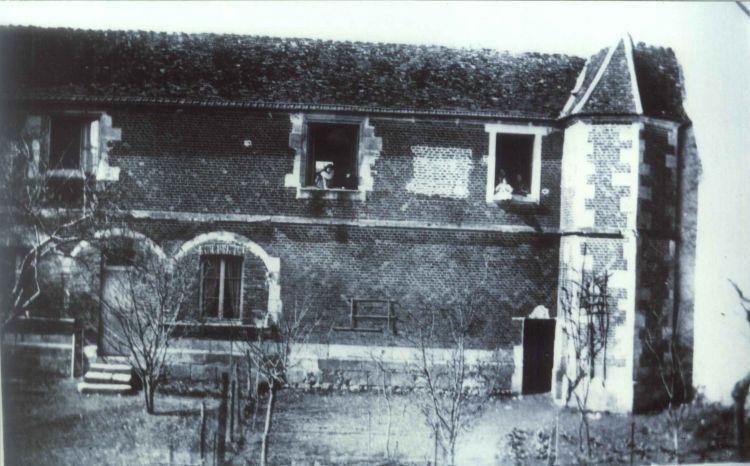 Ancien prieuré.jpg