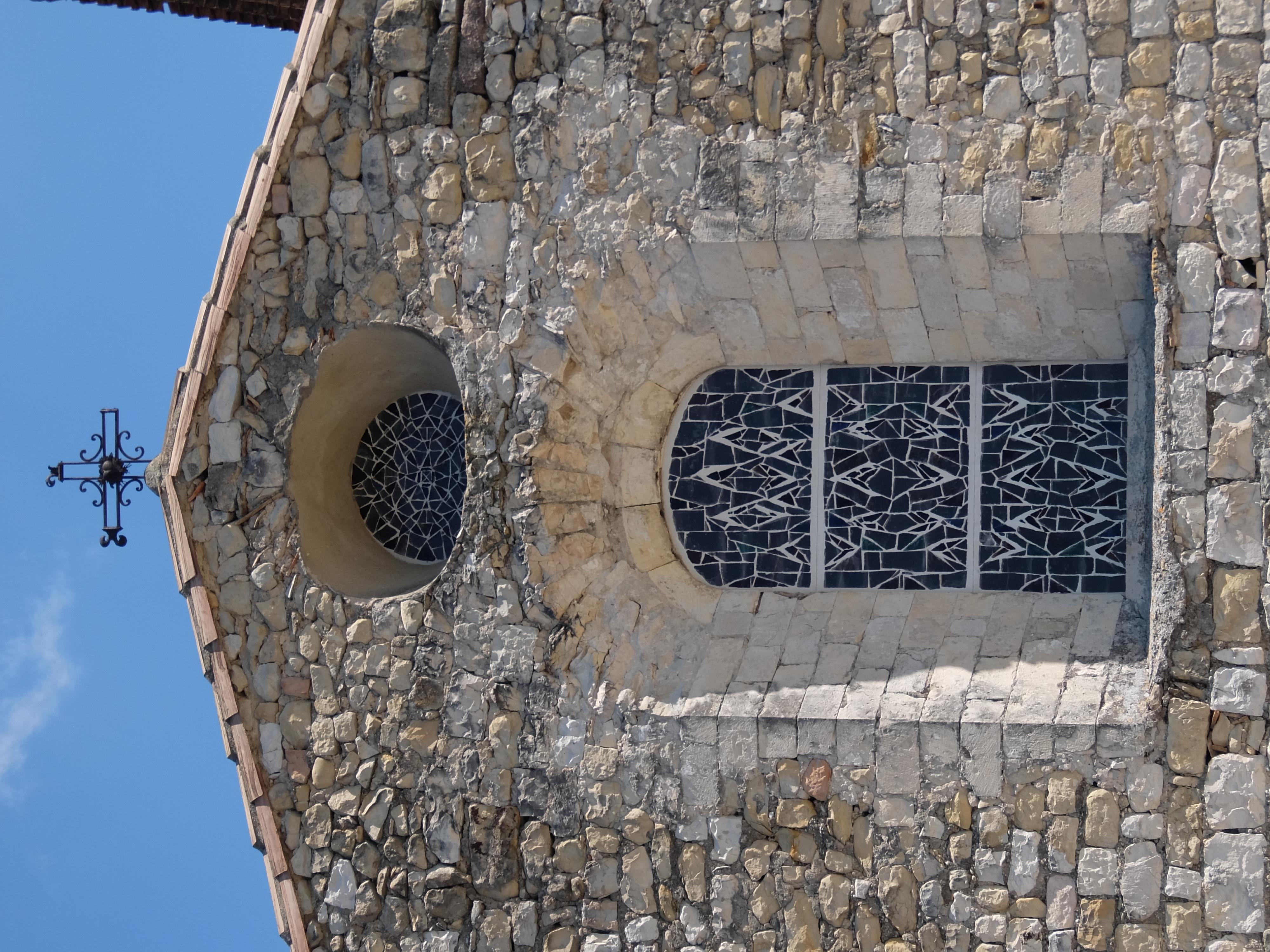 Vitraux Eglise Sainte Foy _2_.JPG