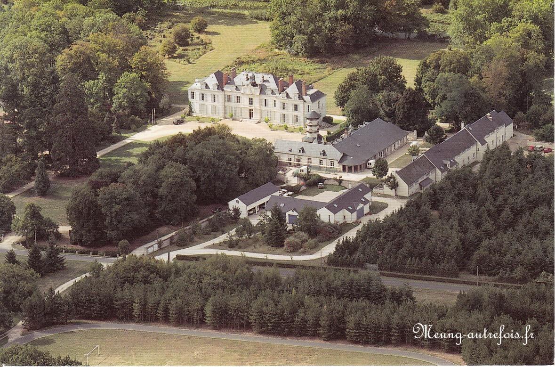 Chateau vue aérienne