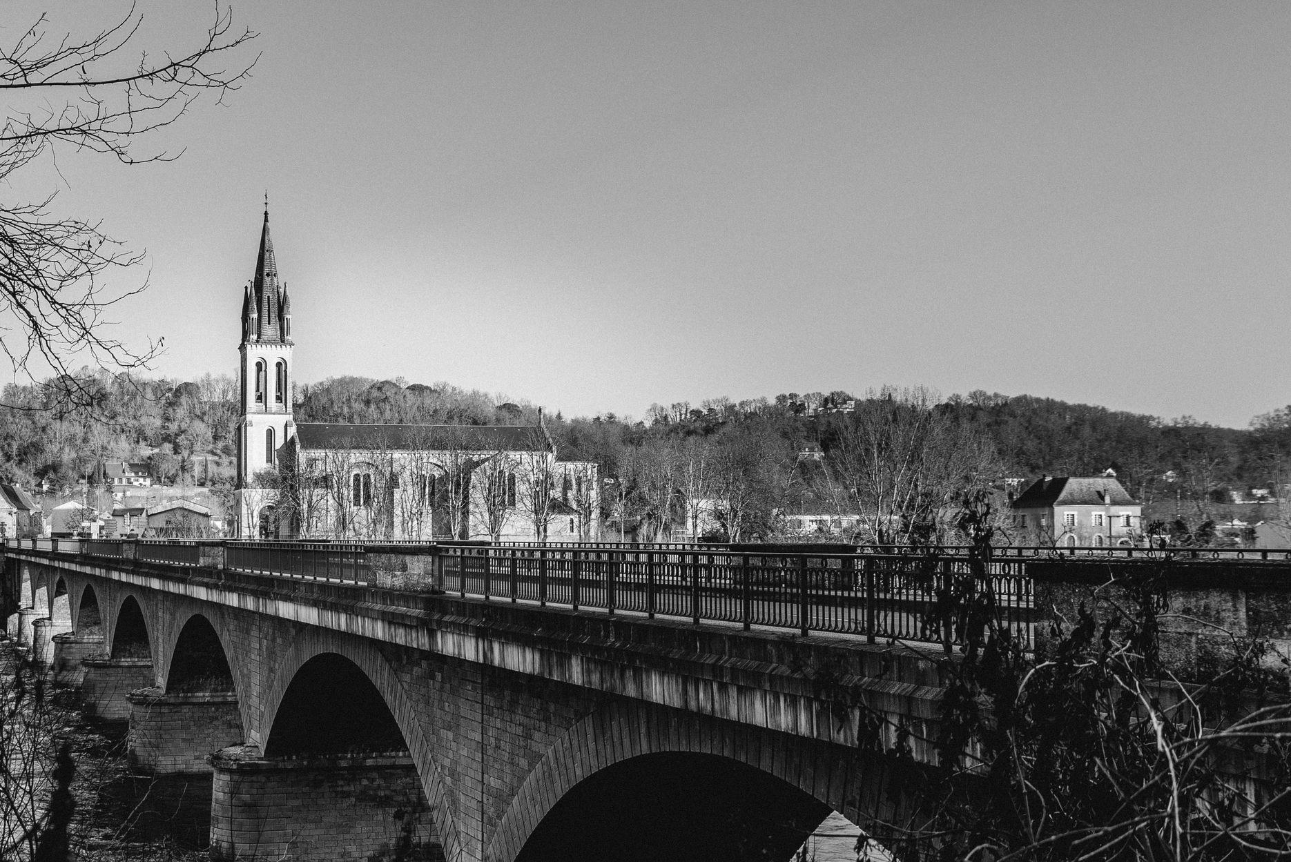Petit_2_Vue de l_autre côté de la Dordogne.jpg