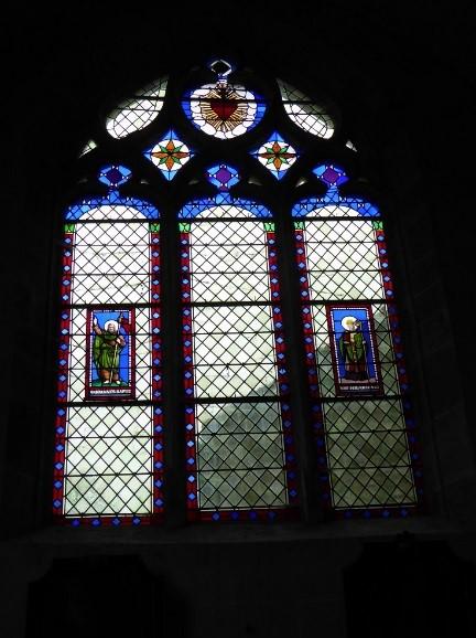 église vitraux.jpg
