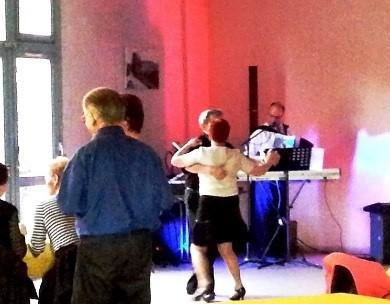 Thé dansant 2.jpg
