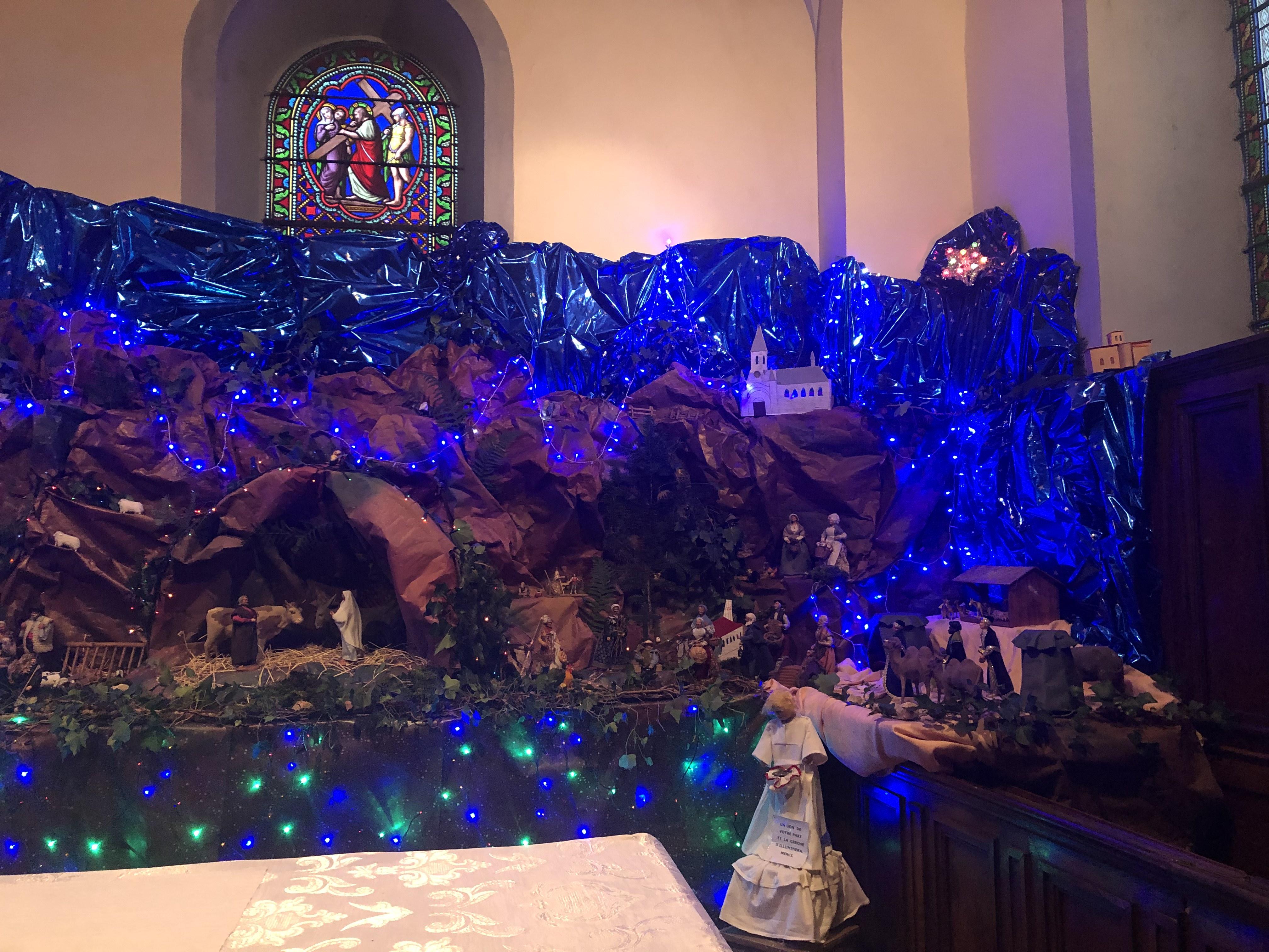 Crèche Eglise CHAGNON Noël 2020 _2_.jpg