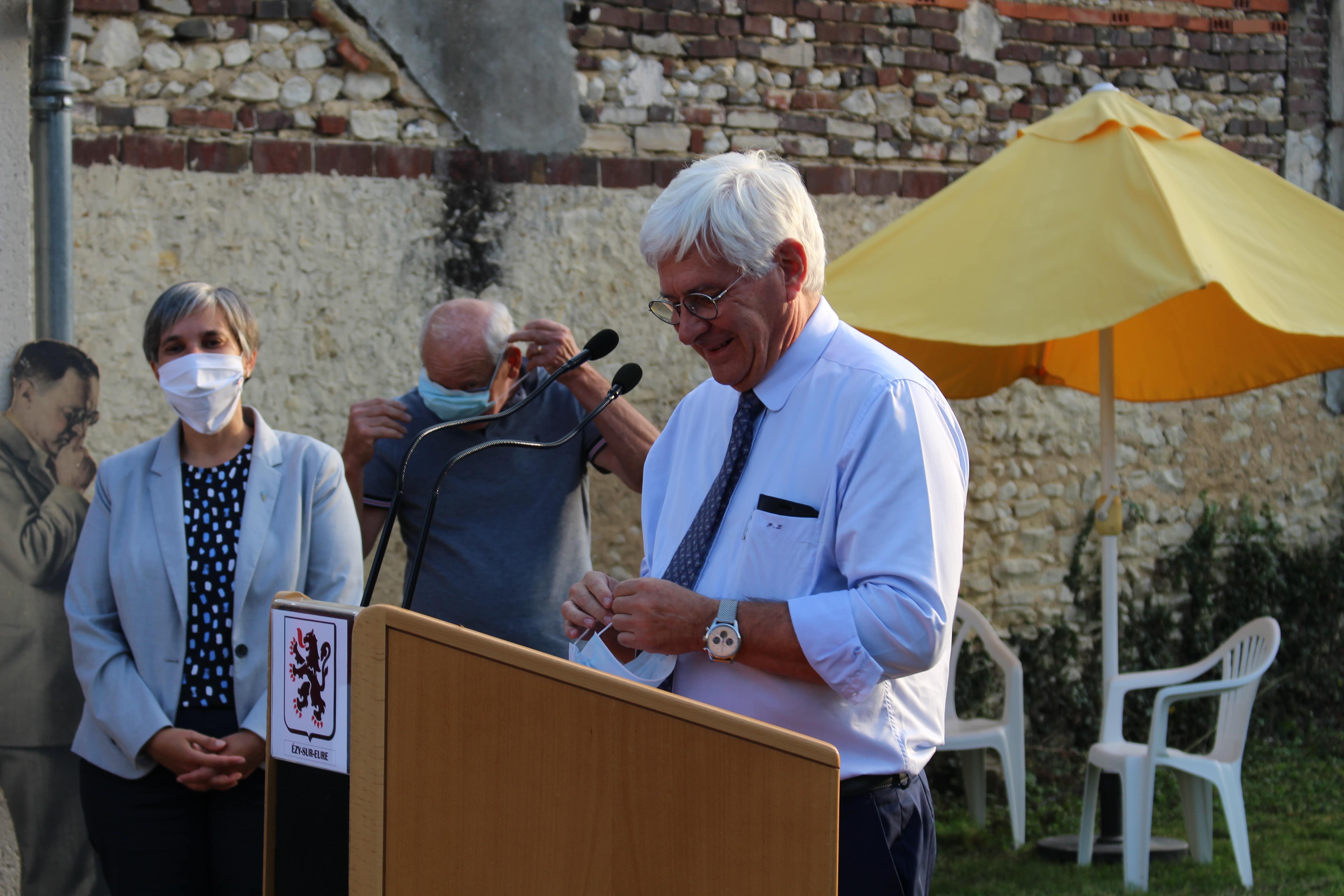 Exposition passion vélo inauguration Ezy sur Eure