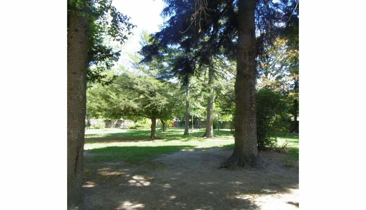 Parc Adèle Clément1.jpg