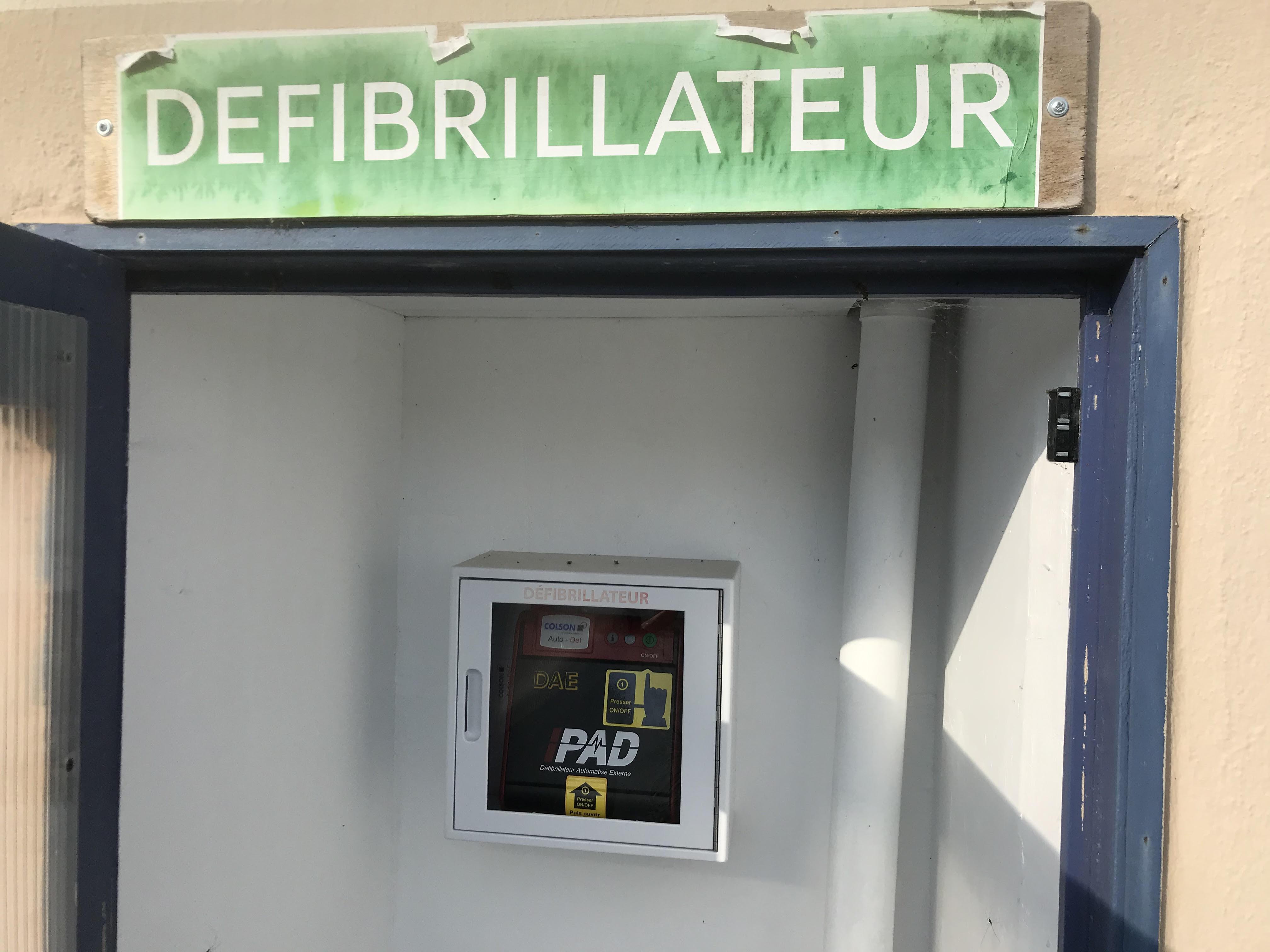 défibrillateur1.jpg