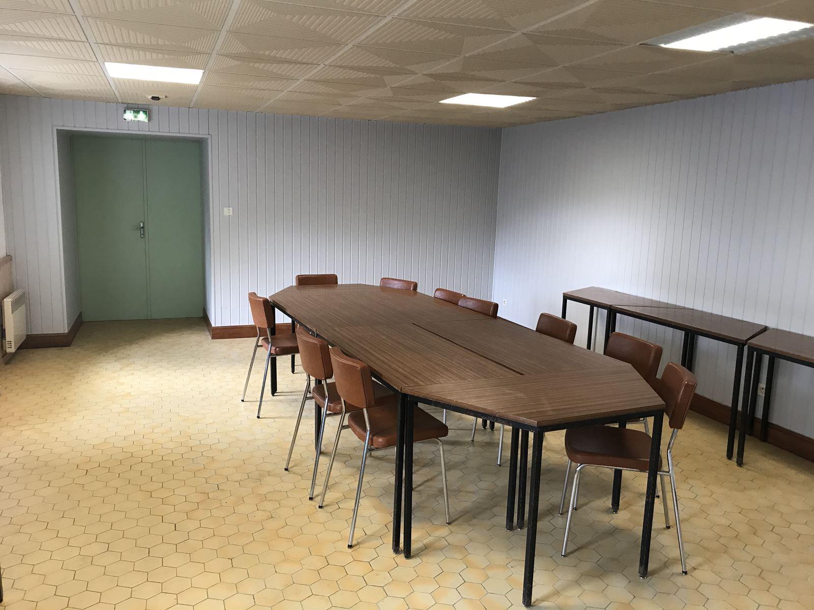 Foyer communal int.jpg