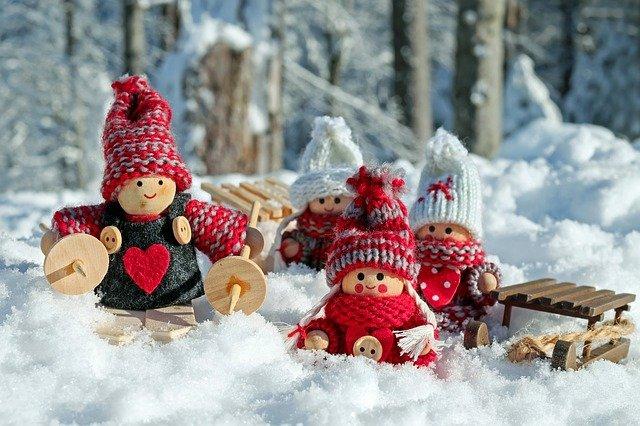 doll-figures-3015495_640.jpg
