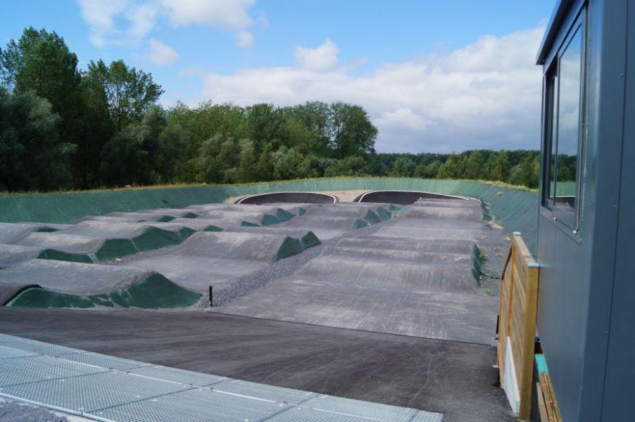 Terrain de bicross.JPG