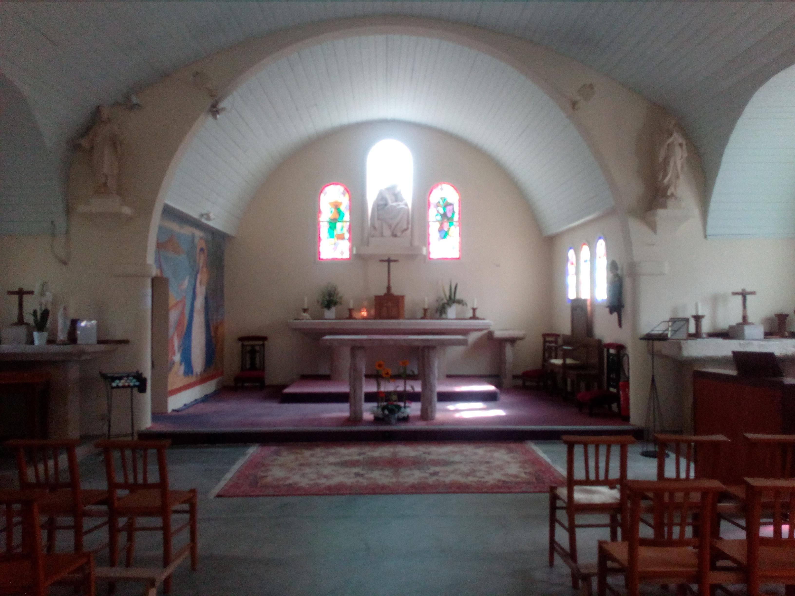 chapelle Sables d_Or intérieur1.jpg