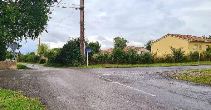 Voirie carrefour Dourdouille 1.JPG