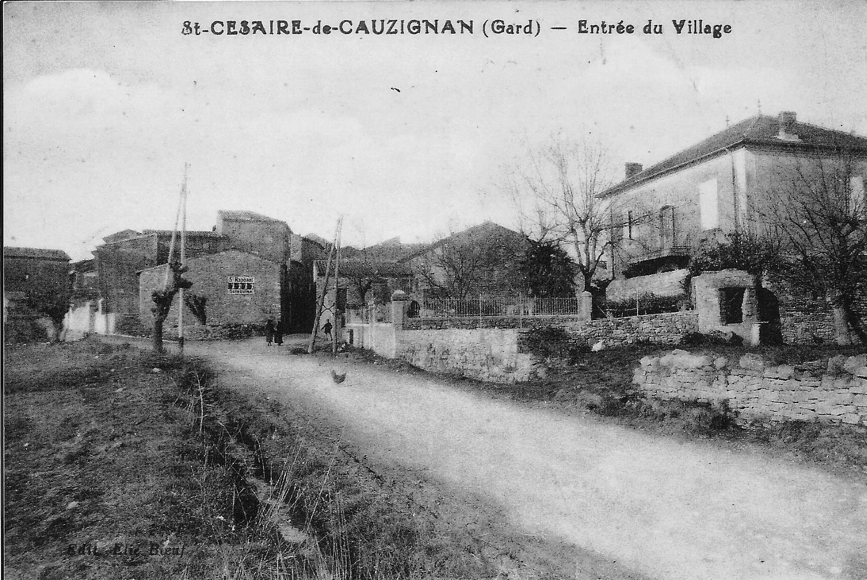 09 entrée du village actuelle.jpg