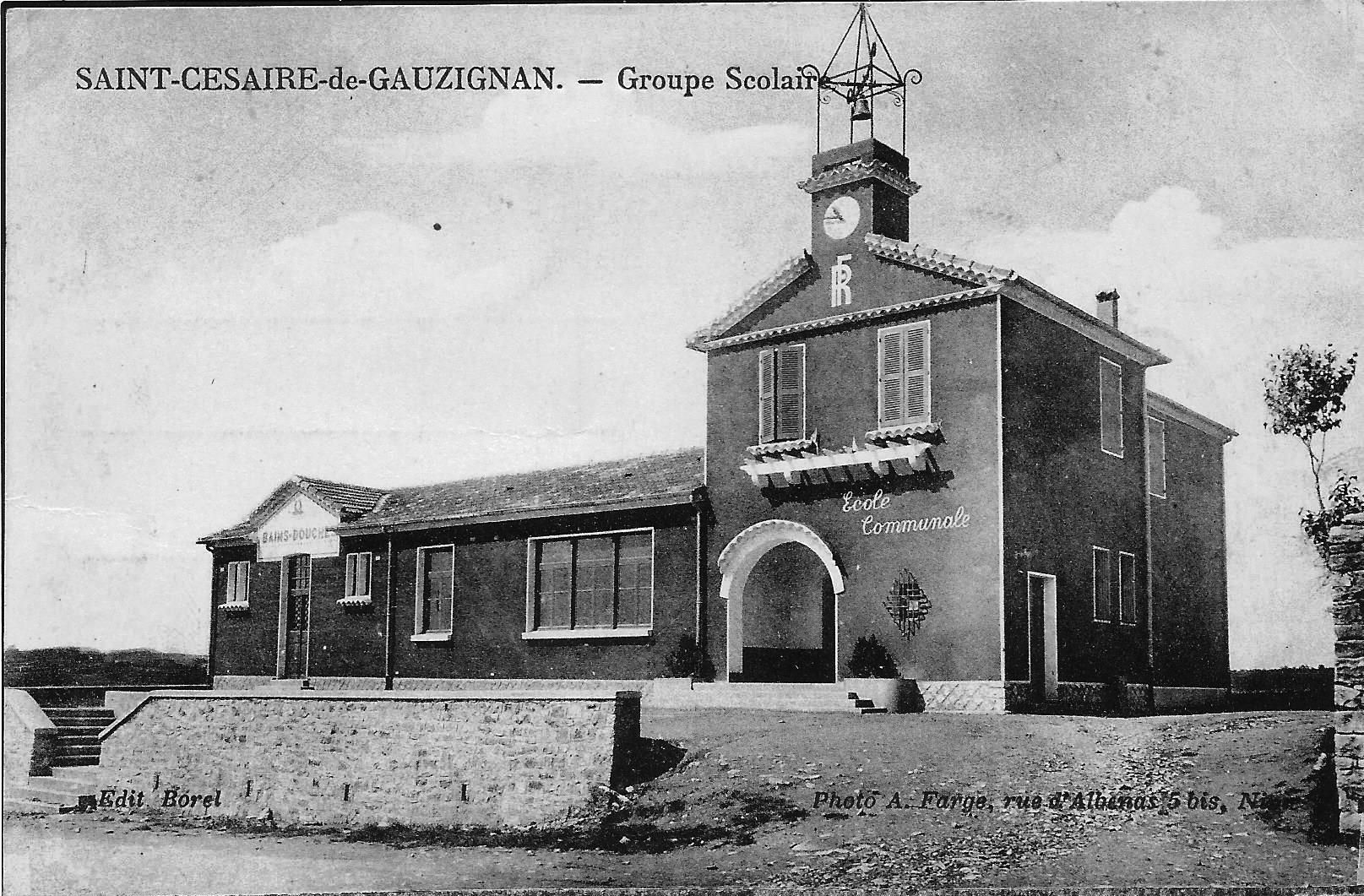 08 Ecole de Saint Césaire.jpg