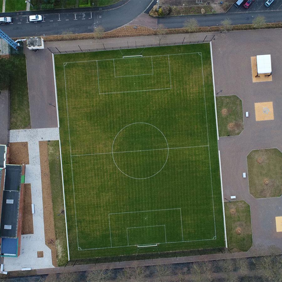 Stade-cheval_900x900.jpg