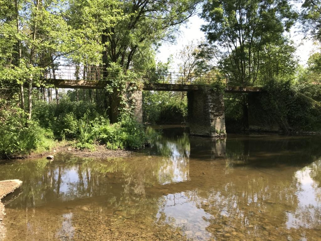 Pont Le Lay .jpg