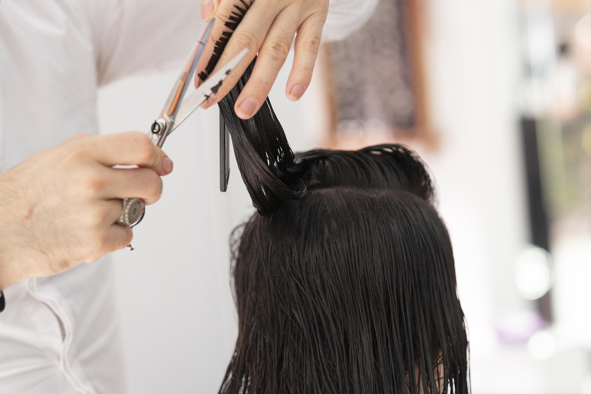 hairdresser-4682912_1920.jpg
